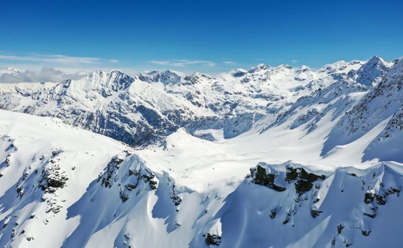 COVID-19 : quel protocole cet hiver dans les stations de ski ?