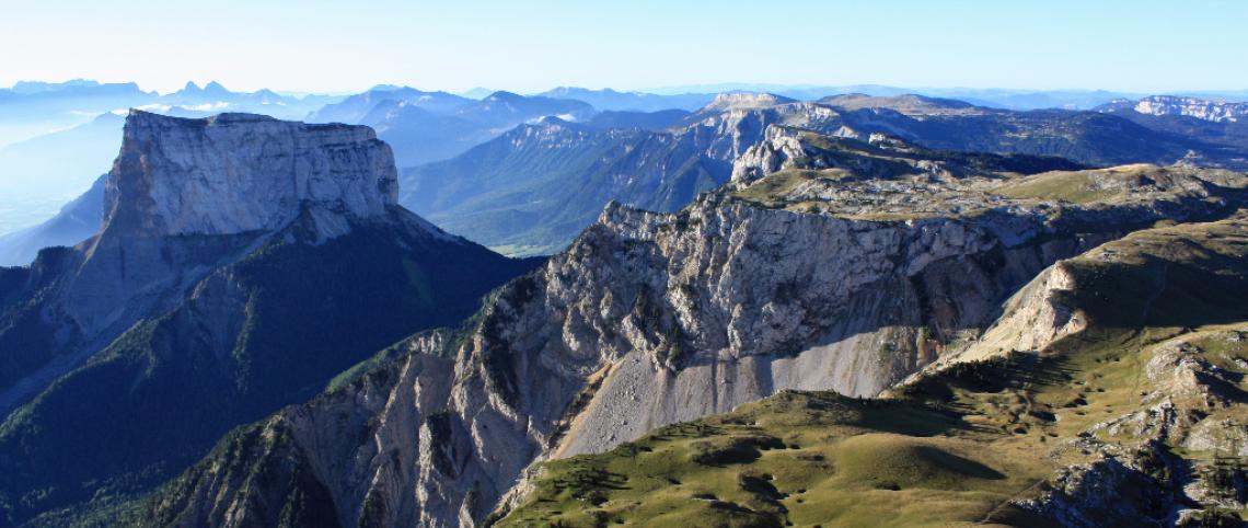 5 mountain ranges, 5 picture-postcard landscapes!
