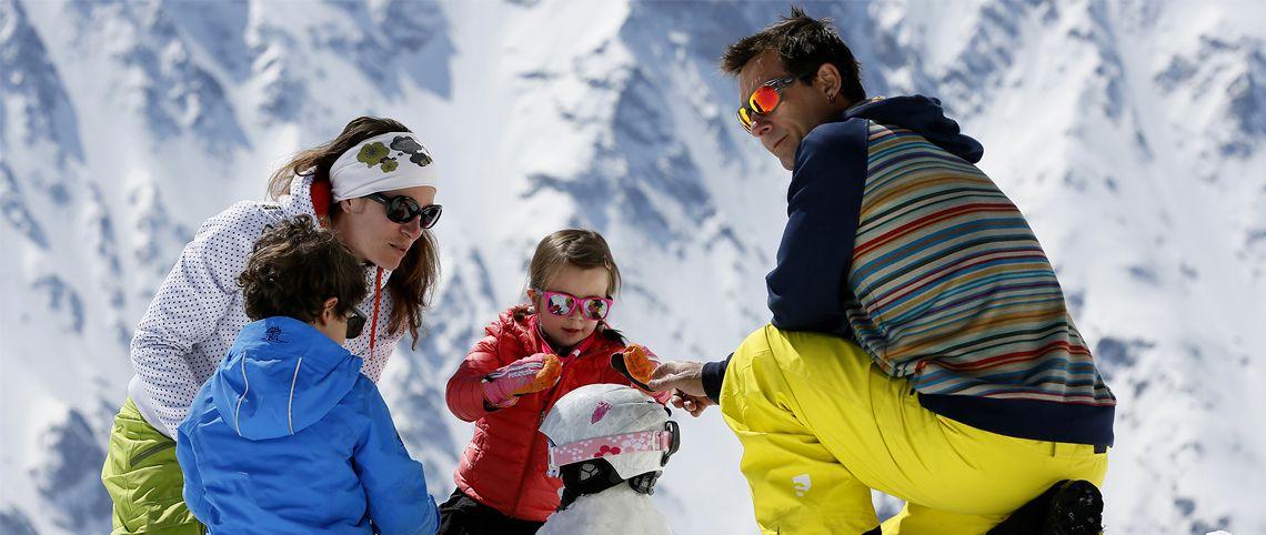 5 instants à vivre en famille uniquement au ski