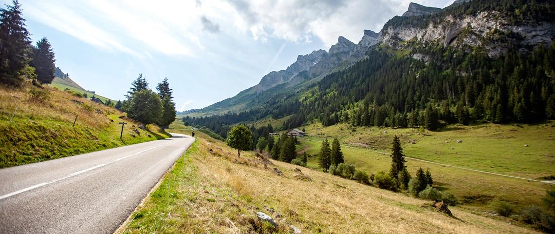 Le Route des Grandes Alpes en chiffres