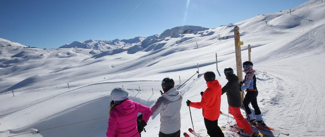 Leren skiën in de lente: lees hier waarom!