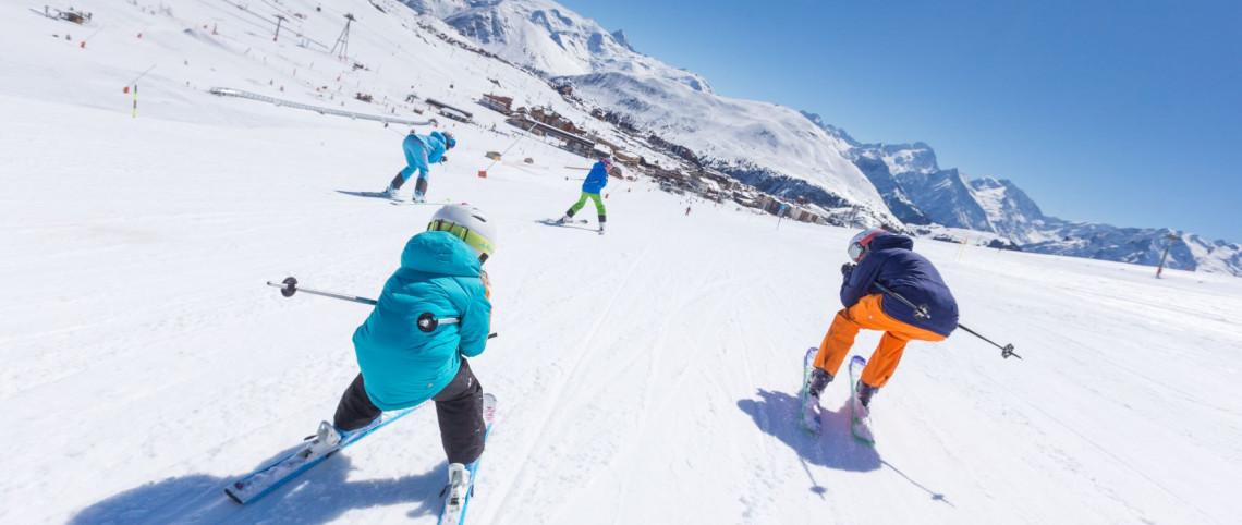 Nouveautés ski 2021/2022 : ça se passe sur les pistes cet hiver