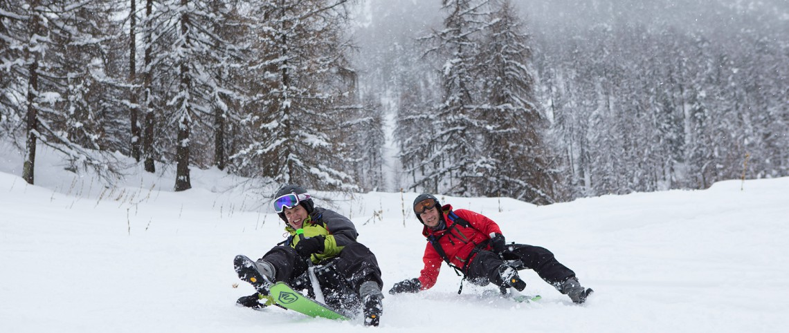 Snowmobile, snowscoot and mountain biking on snow: three activities for a change from skiing this winter