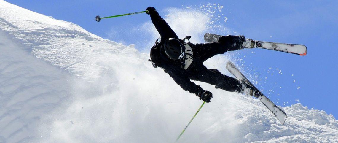 Bien choisir ses skis : les catégories de skis