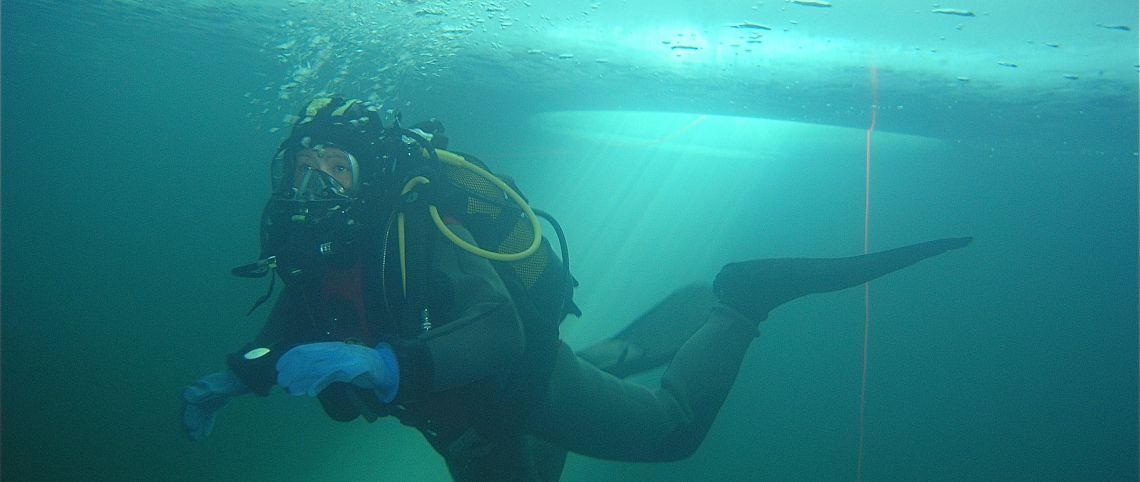 Plongée sous glace à Chamrousse