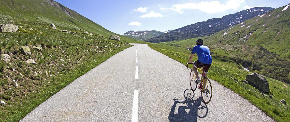 Le Tour de France dans les montagnes françaises