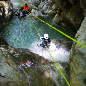 Stages sportifs escalade/canyoning/spéléo