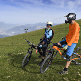 VTT DH, enduro, engins de descente, VTT cross-country, VTTAE accompagnés