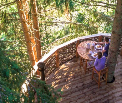 Accommodation: glamping in the mountains!