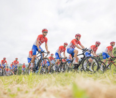 Tour de France 2021 : le peloton France Montagnes en place dans les Pyrénées