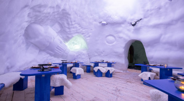 A night in an igloo: the most extraordinary way to experience the mountains!