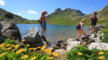 Réservations pour les vacances d'été et covid-19 : nos réponses à vos questions